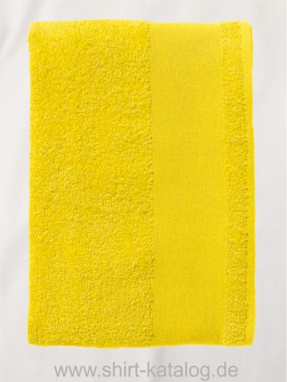 26661-Guest-Towel-Island-30-lemon